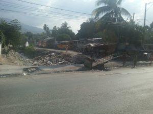 Haiti Hilfsprojekt zerstoerte Autos
